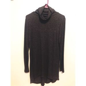 Cross back light sweater